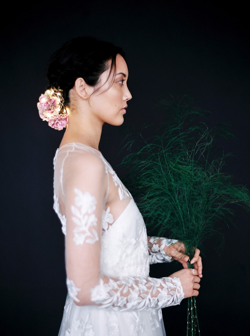 light-dark-bridal-inspiration-wedding-fashion-22-min.jpg