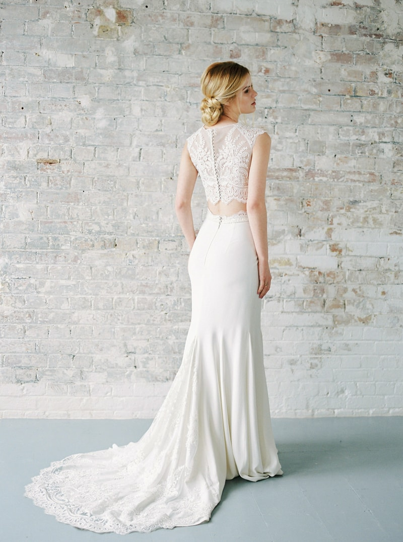 light-dark-bridal-inspiration-wedding-fashion-8-min.jpg