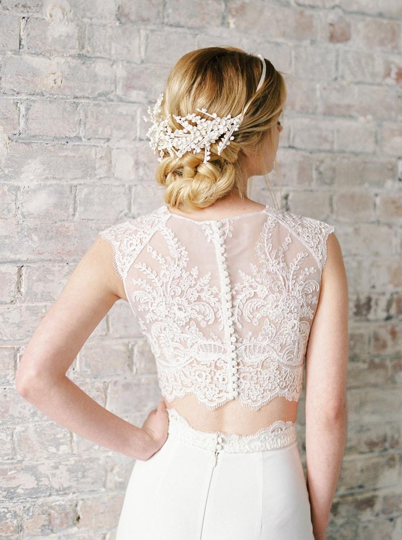 light-dark-bridal-inspiration-wedding-fashion-9-min.jpg
