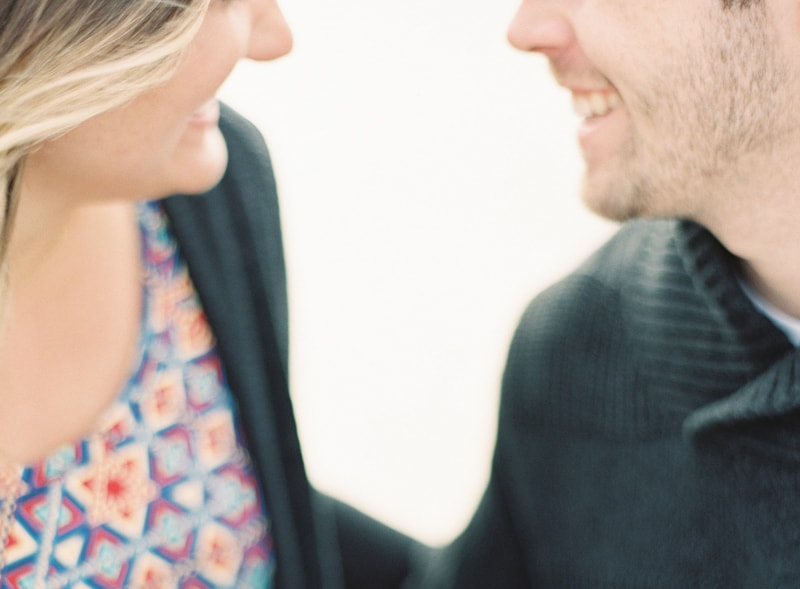 santorini-engagement-photos-greece-contax-645-10-min.jpg