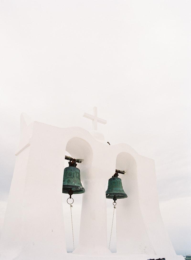 santorini-engagement-photos-greece-contax-645-17-min.jpg