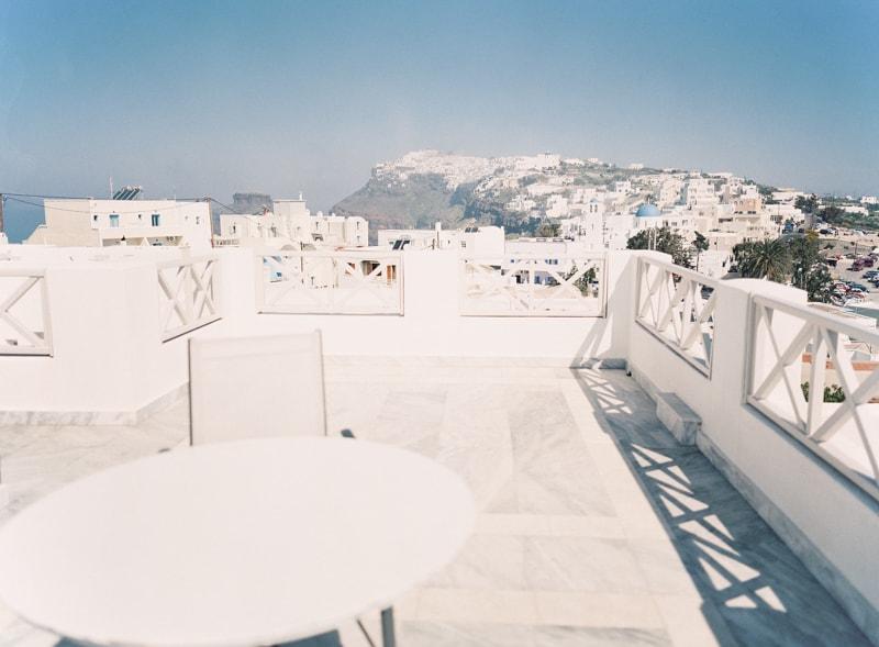 santorini-engagement-photos-greece-contax-645-18-min.jpg