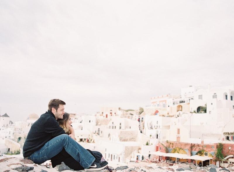santorini-engagement-photos-greece-contax-645-20-min.jpg