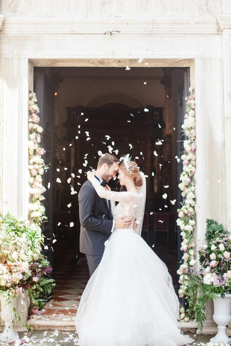 venice-wedding-inspiration-italy-fine-art-blog-17-min.jpg