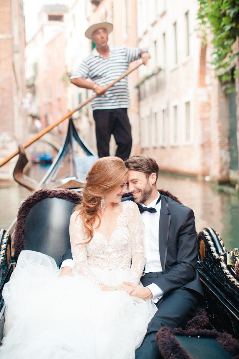 venice-wedding-inspiration-italy-fine-art-blog-25-min.jpg
