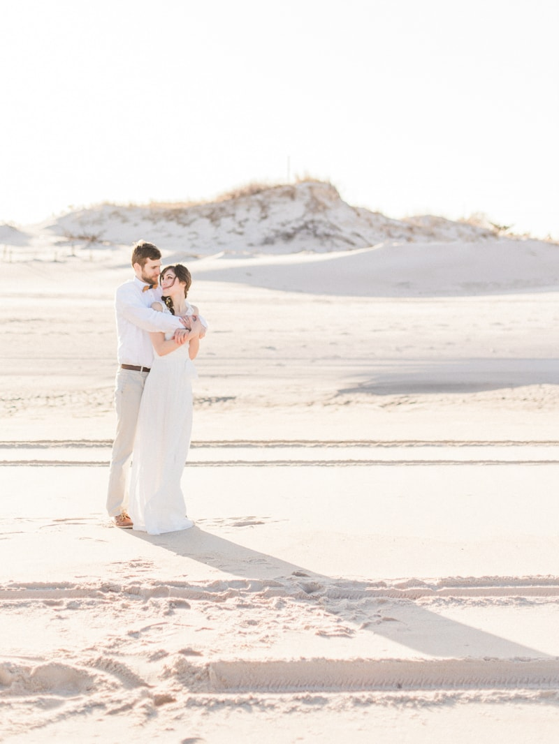 coastal-beach-elopement-wedding-inspiration-12-min.jpg