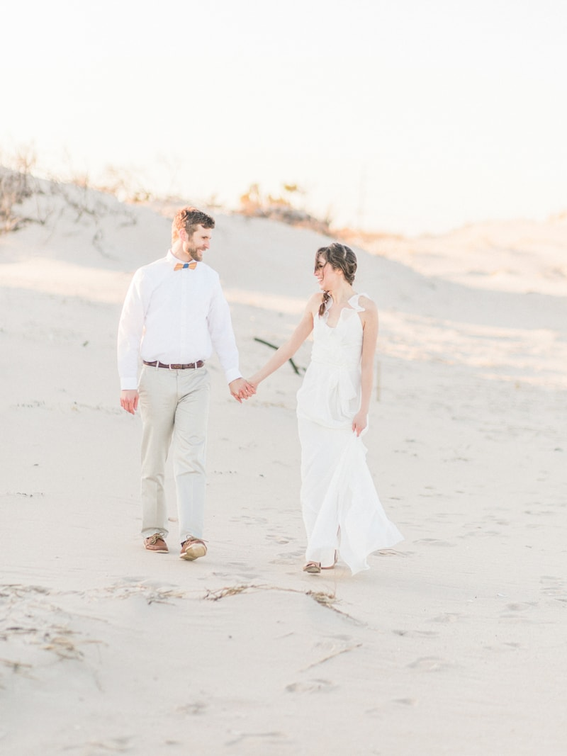 coastal-beach-elopement-wedding-inspiration-4-min.jpg
