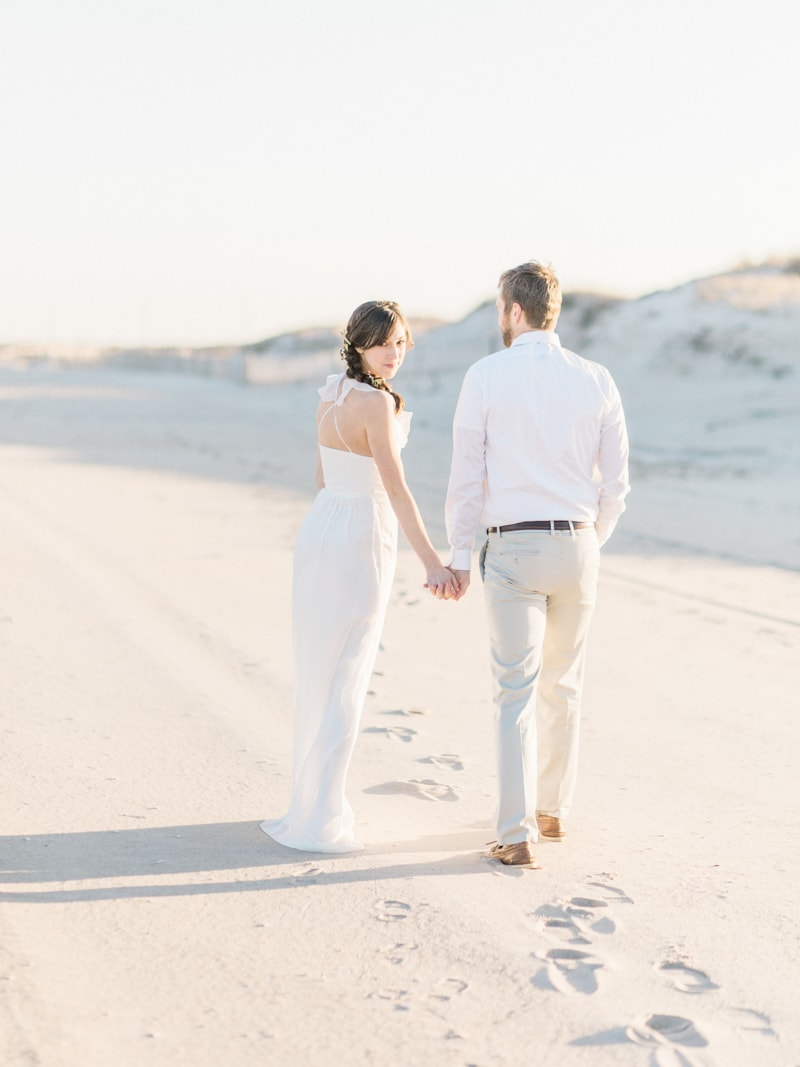 coastal-beach-elopement-wedding-inspiration-6-min.jpg