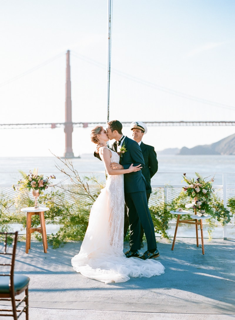 hornblower-cruise-california-wedding-inspiration-7-min.jpg