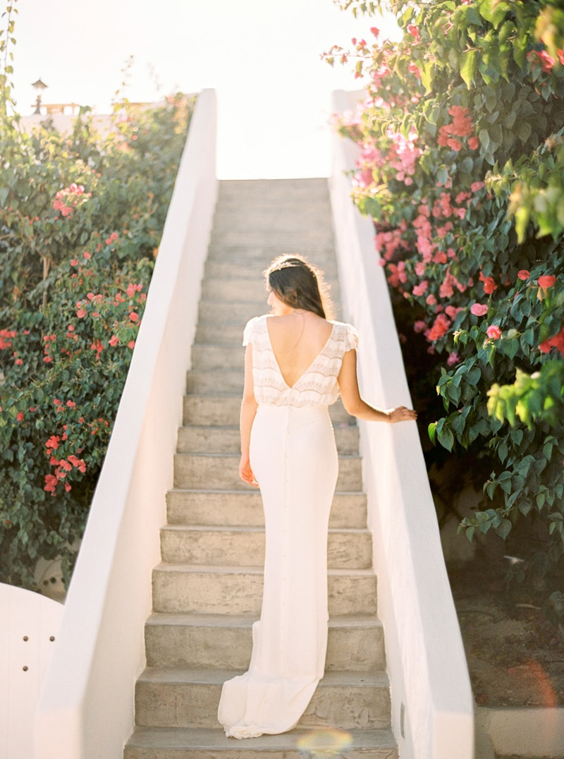 santorini-bridal-portraits-greece-weddings-13-min.jpg