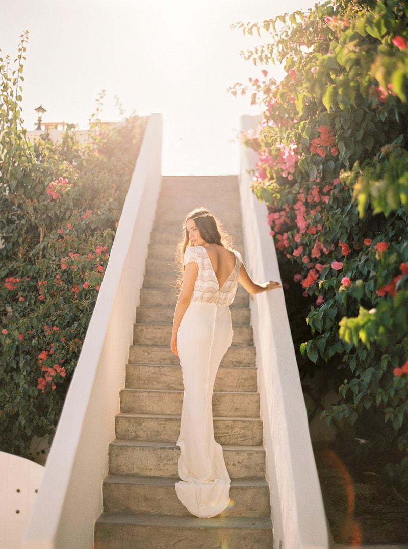 santorini-bridal-portraits-greece-weddings-15-min.jpg