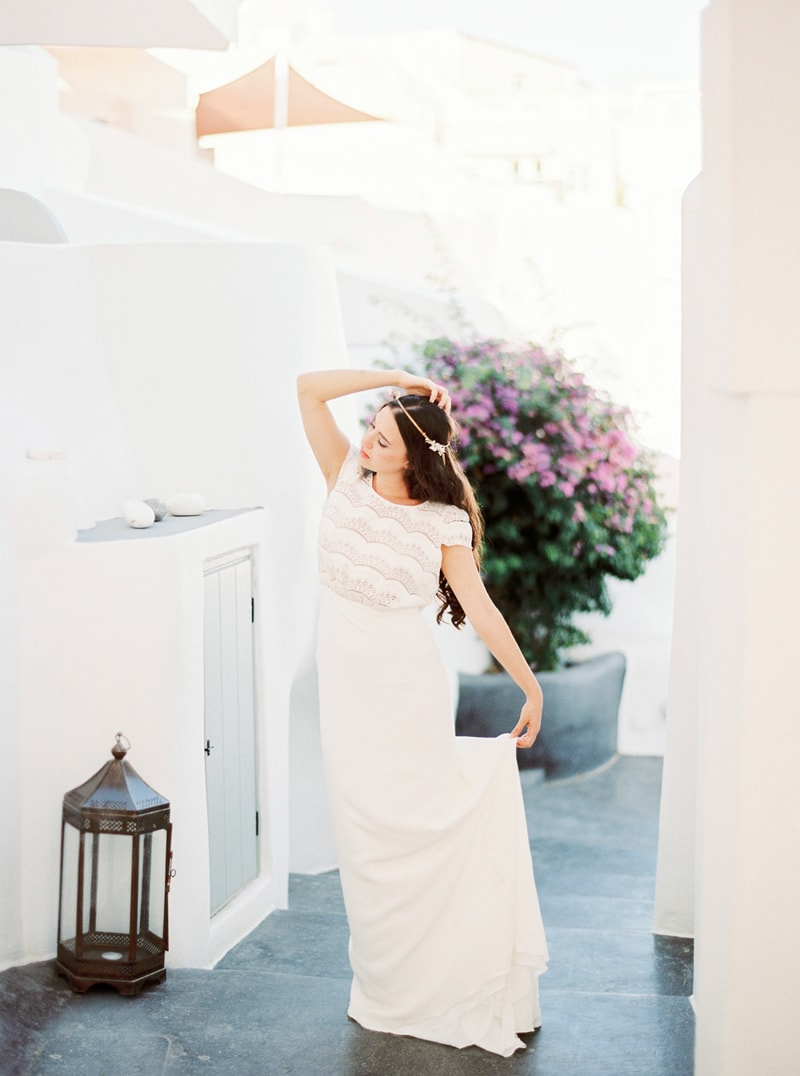 santorini-bridal-portraits-greece-weddings-16-min.jpg