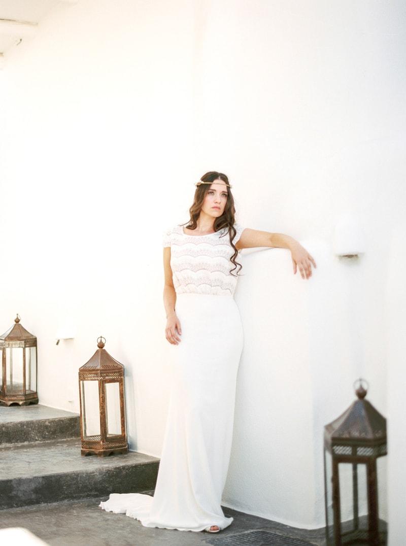 santorini-bridal-portraits-greece-weddings-17-min.jpg