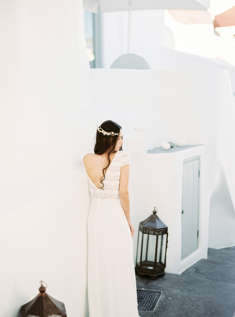 santorini-bridal-portraits-greece-weddings-19-min.jpg