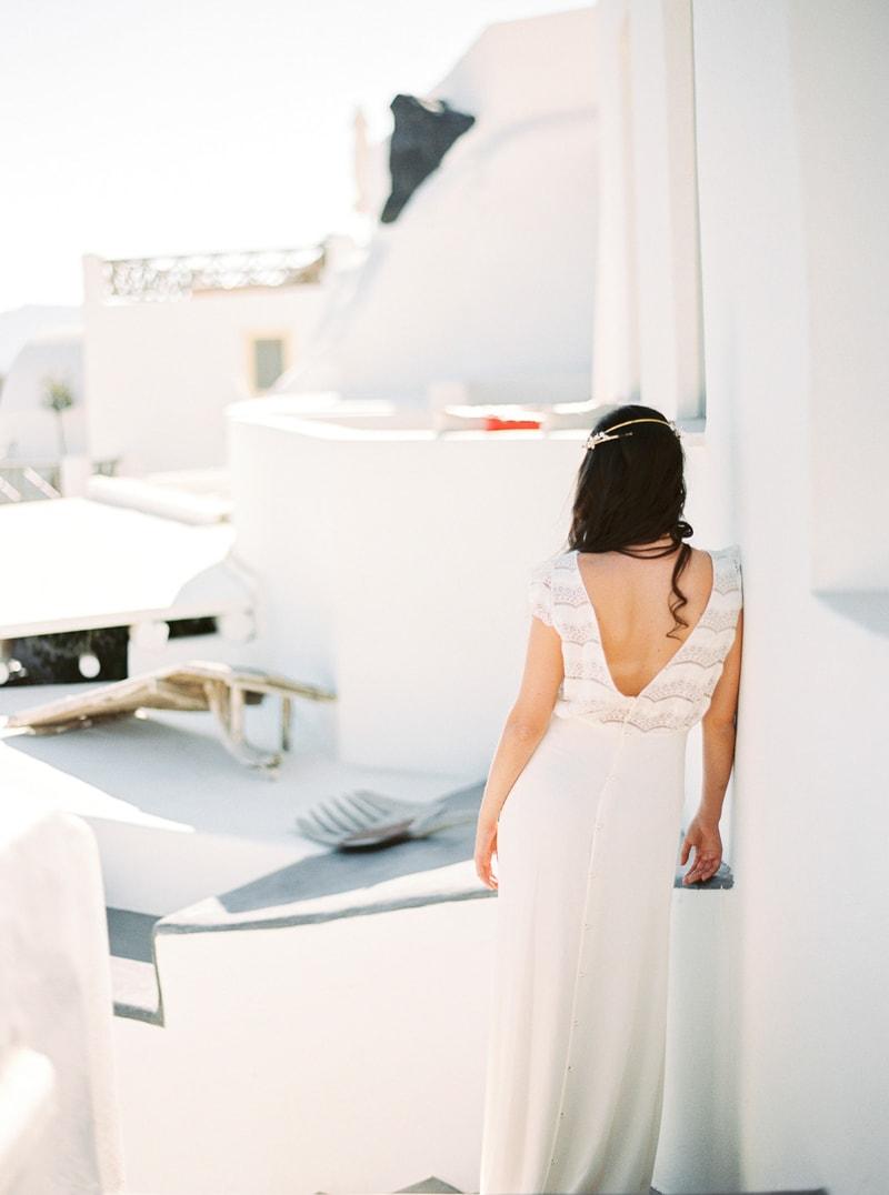 santorini-bridal-portraits-greece-weddings-21-min.jpg