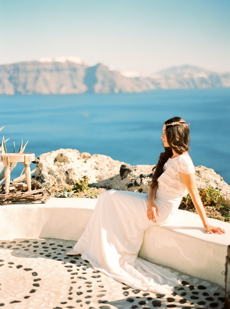santorini-bridal-portraits-greece-weddings-22-min.jpg