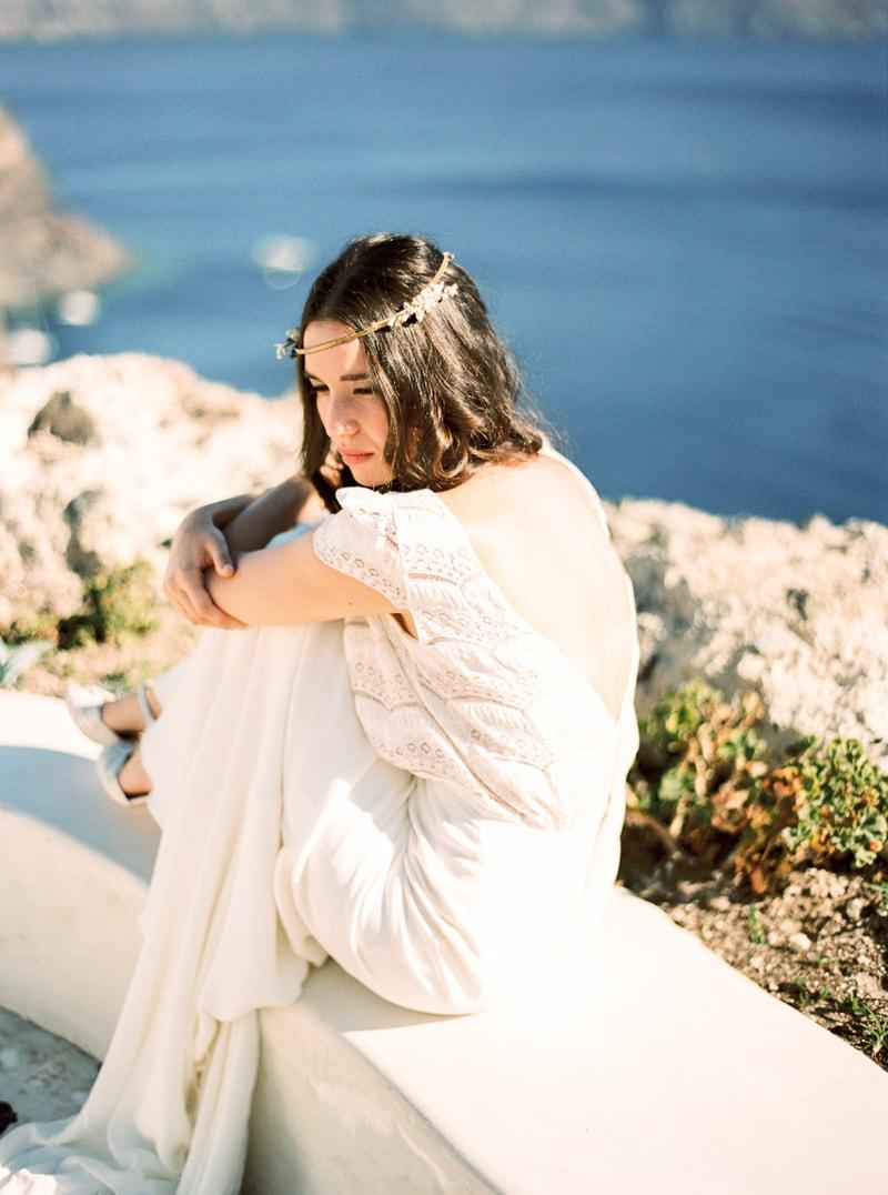 santorini-bridal-portraits-greece-weddings-23-min.jpg