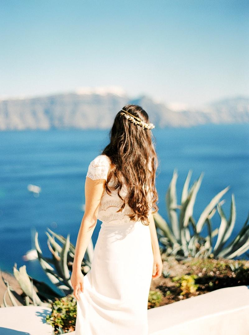 santorini-bridal-portraits-greece-weddings-25-min.jpg