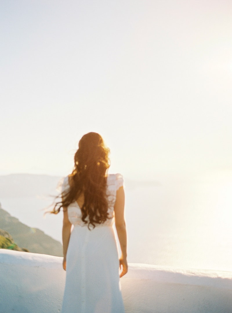 santorini-bridal-portraits-greece-weddings-7-min.jpg
