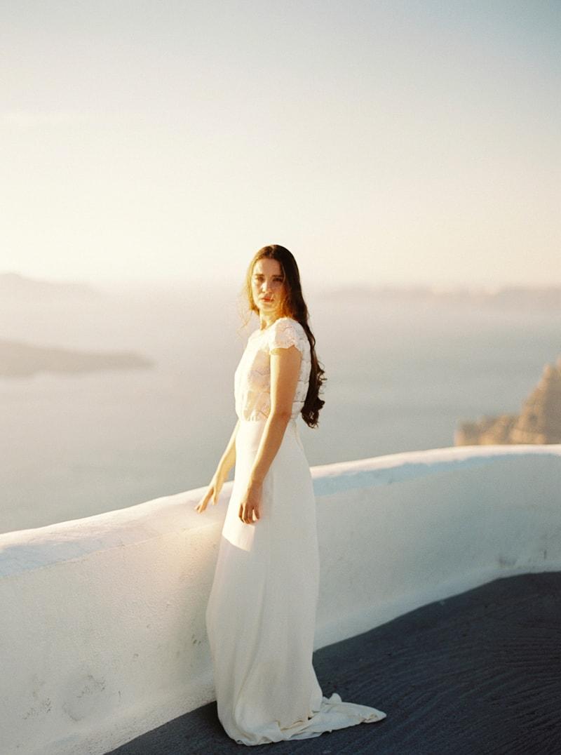 santorini-bridal-portraits-greece-weddings-8-min.jpg