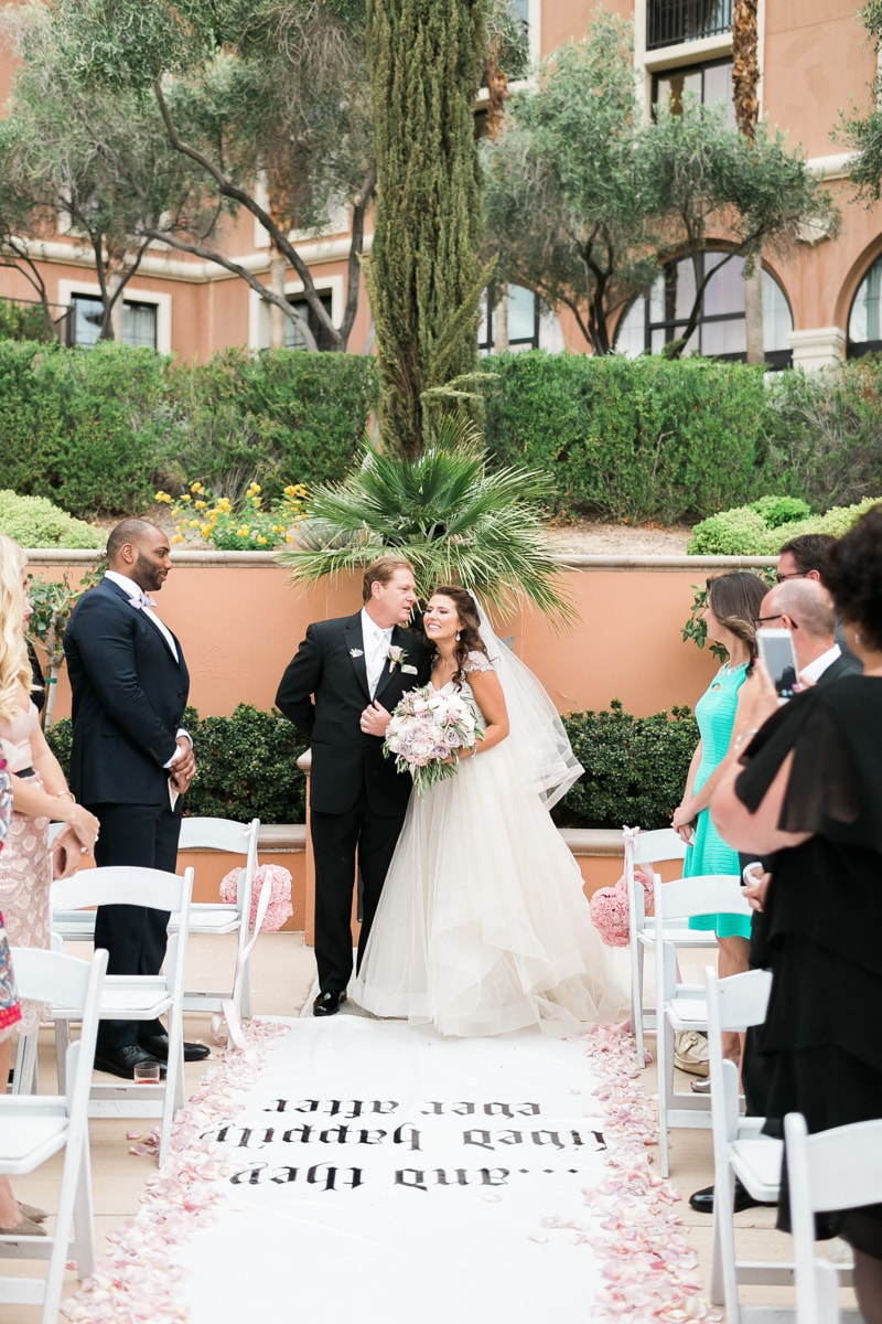 disney-themed-weddings-in-las-vegas-nevada-17-min.jpg