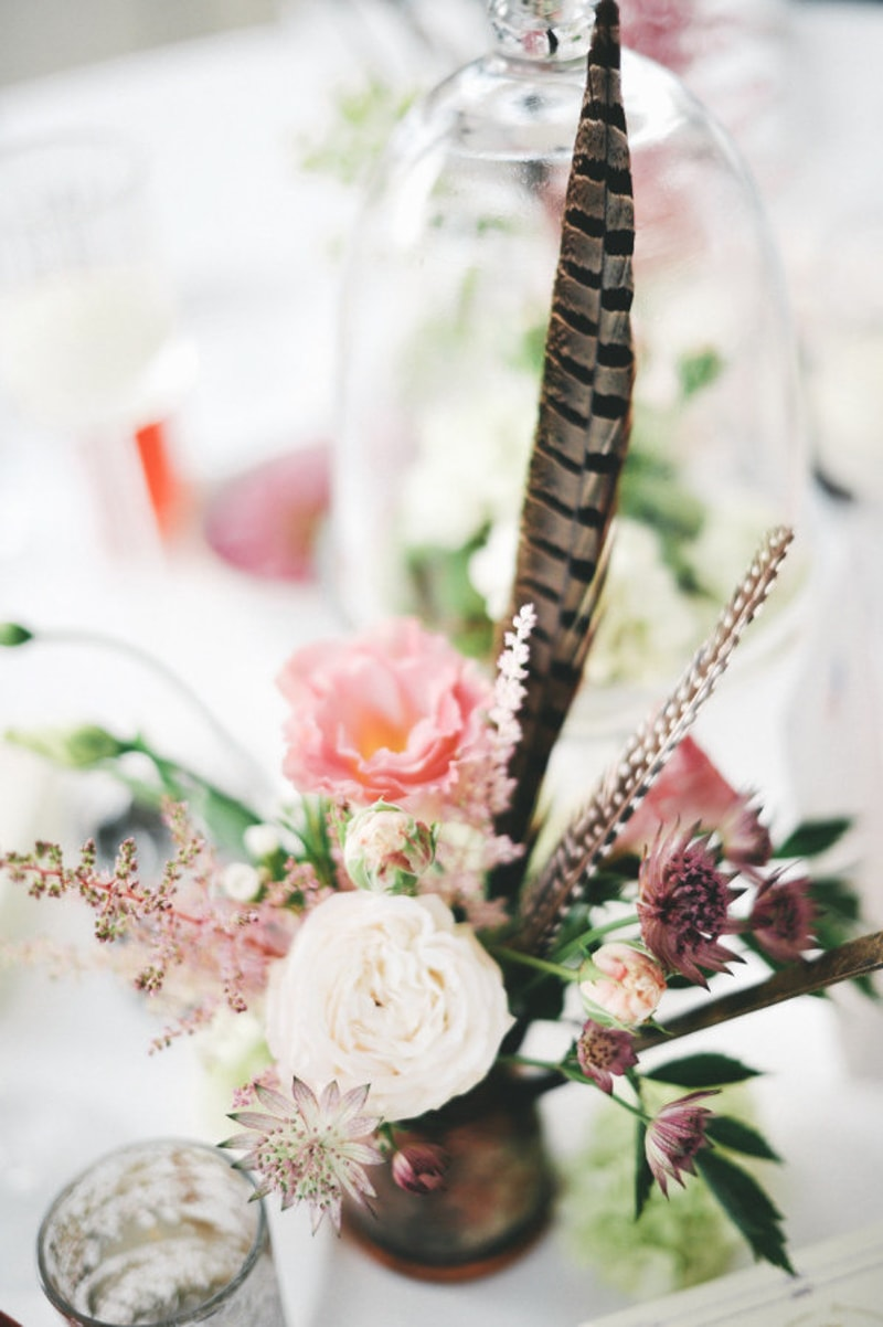 feathers in weddings