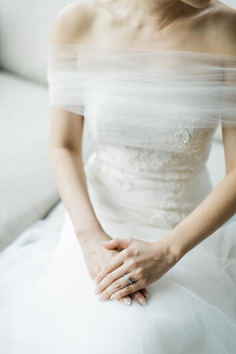 off-the-shoulder-wedding-dresses-fashion-9.jpg