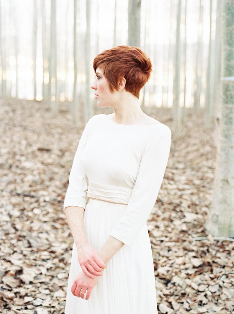 styled-bridal-shoot-in-woods-boardman-oregon-13-min.jpg