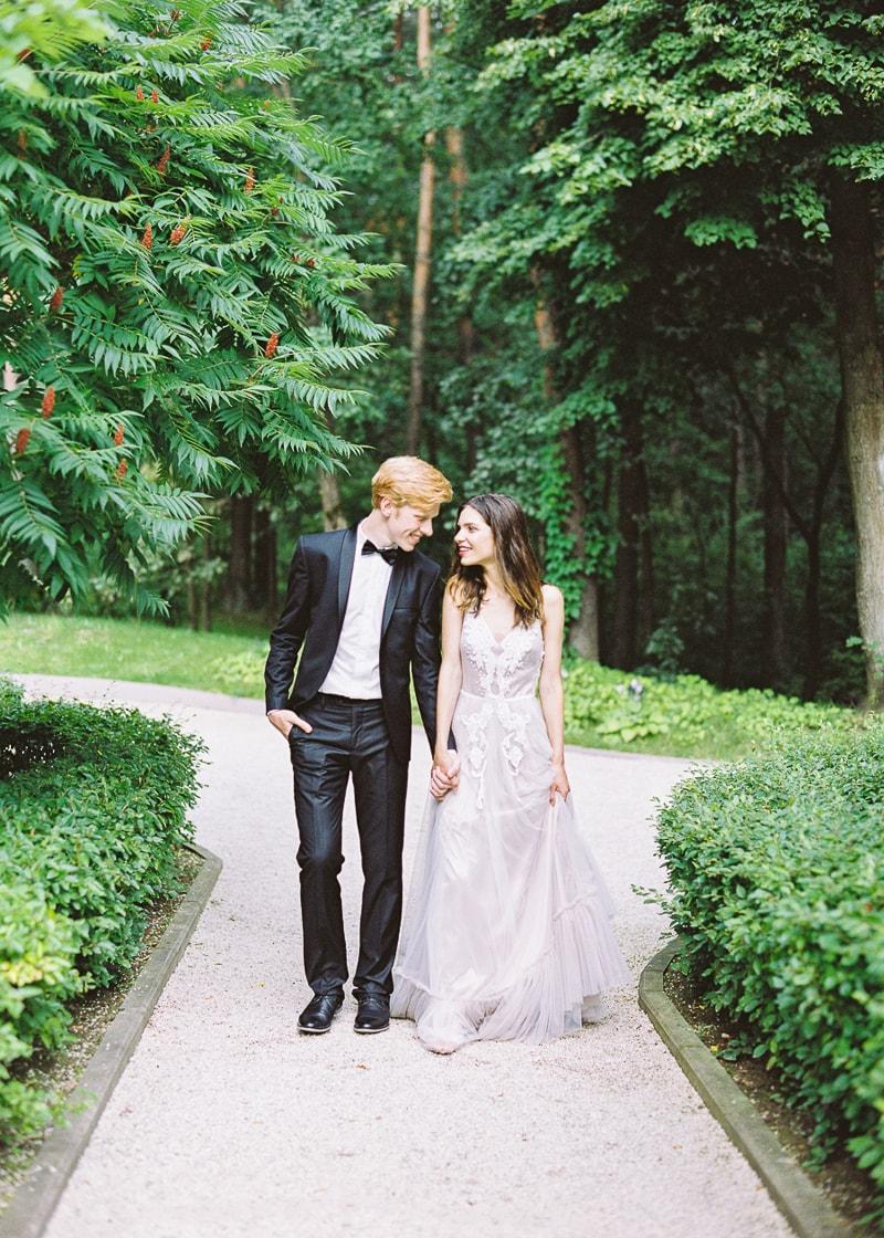 belarus-wedding-inspiration-shoot-trendy-bride-12-min.jpg