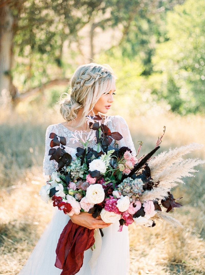 fall-equestrian-styled-shoot-in-california-23-min.jpg