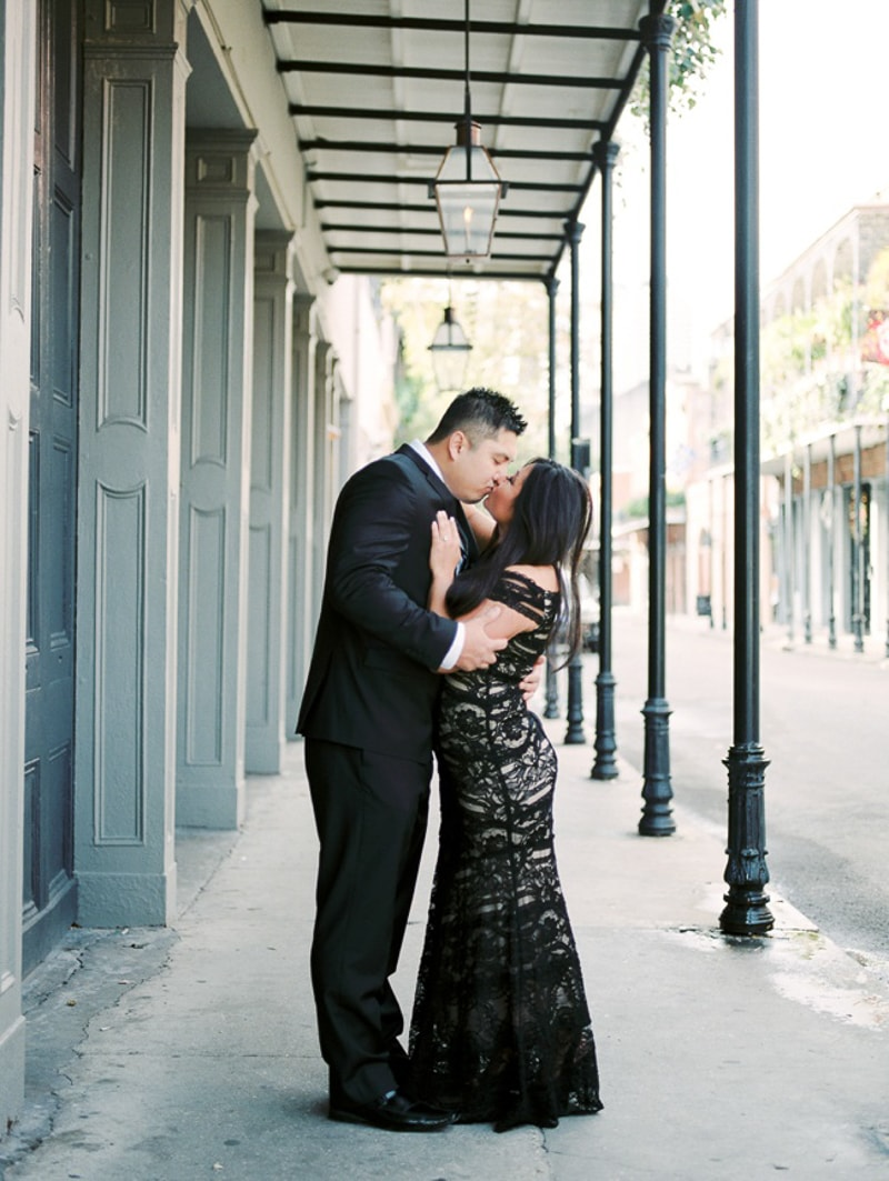 new-orleans-wedding-anniversary-shoot-trendy-bride-9-min.jpg