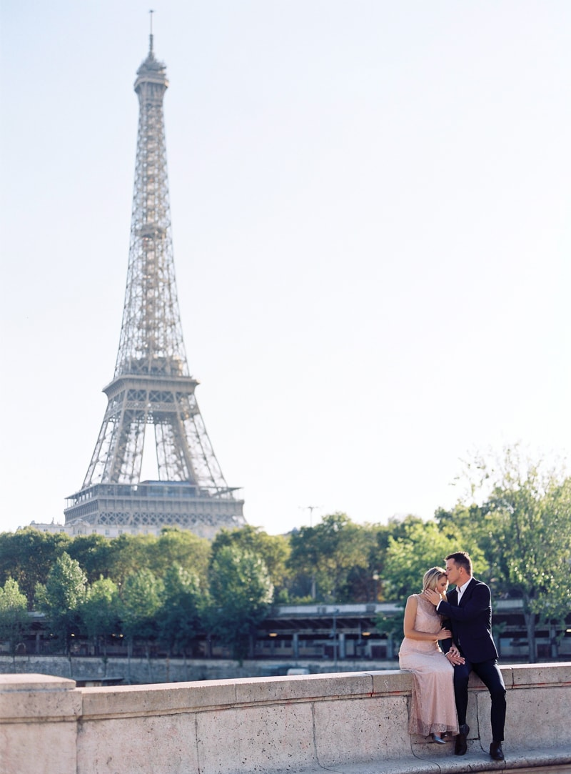 paris-engagement-photos-trendy-bride-wedding-blog-10-min.jpg