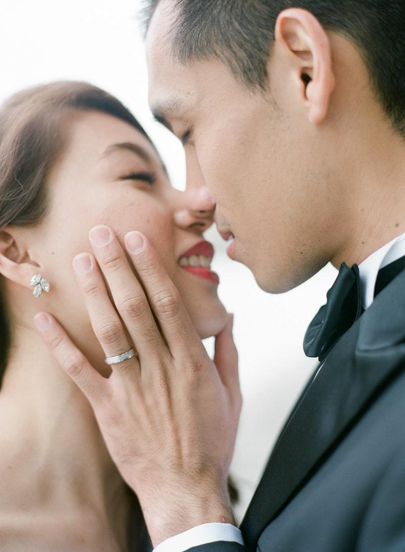 pre-wedding-engagement-photos-in-Paris-16-min.jpg