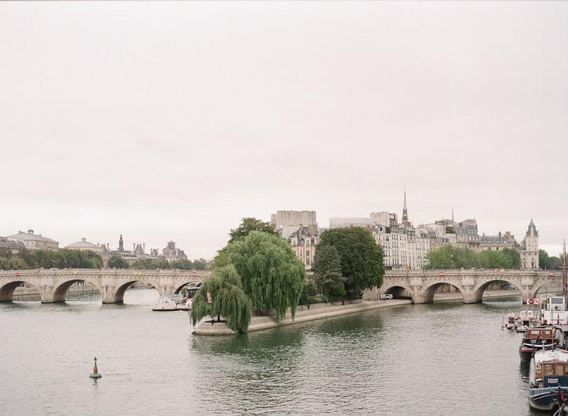 pre-wedding-engagement-photos-in-Paris-21-min.jpg
