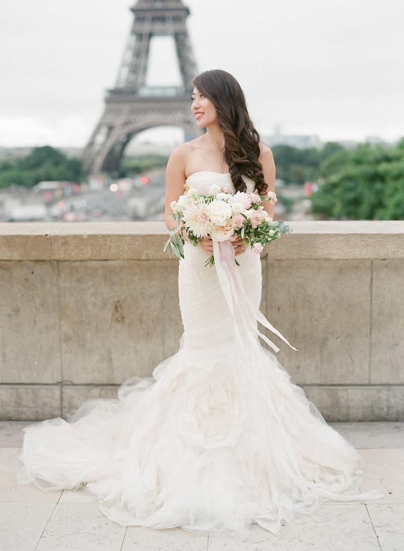 pre-wedding-engagement-photos-in-Paris-28-min.jpg