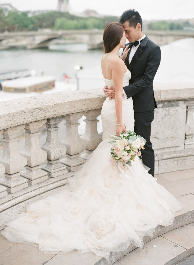 pre-wedding-engagement-photos-in-Paris-9-min.jpg