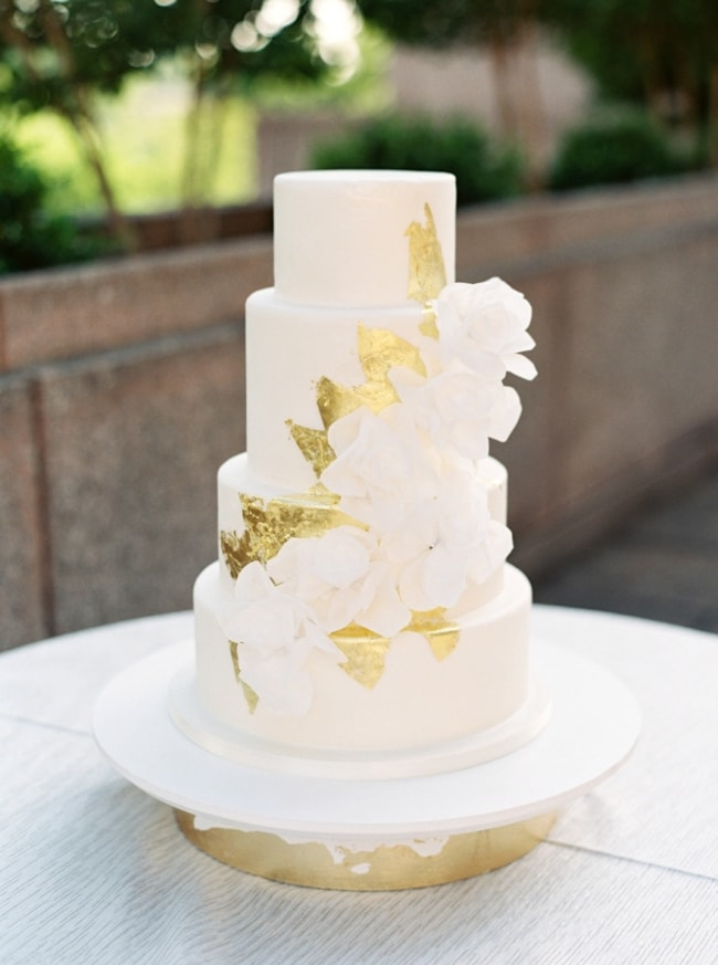 gold-foil-wedding-cake-3-min.jpg