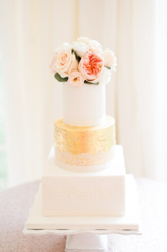 gold-foil-wedding-cake-5-min.jpg