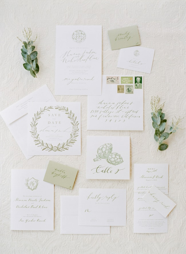 eye-catching-wedding-stationary-invitatons-6-min.jpg