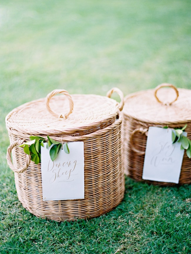 welcome-gifts-for-wedding-guests-6-min.jpg