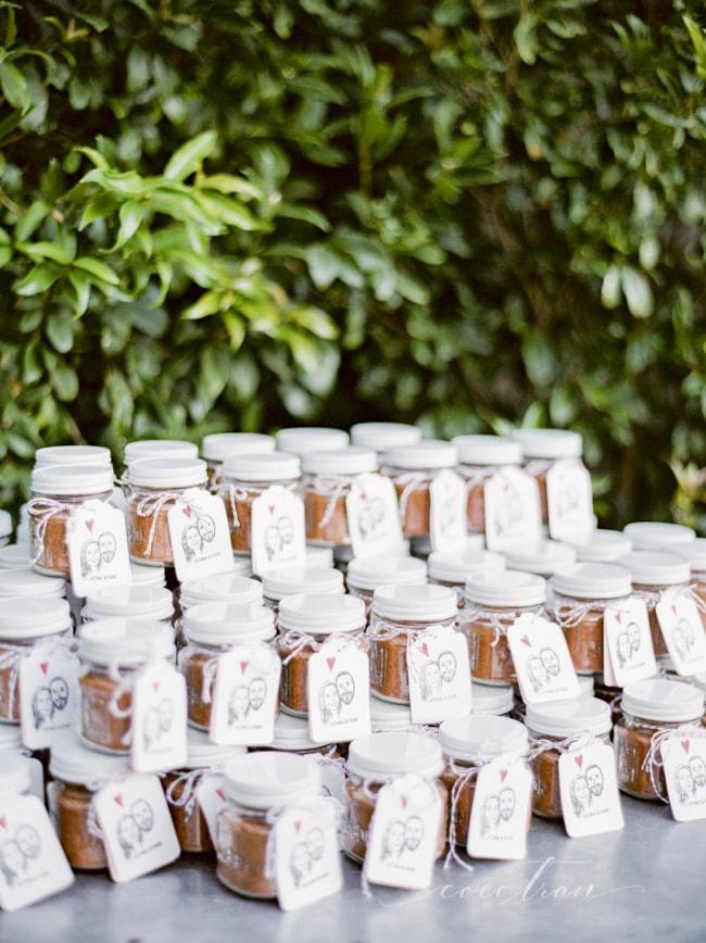 peanut-butter-wedding-favors-4-min.jpg