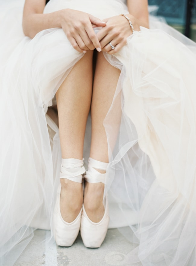unique-wedding-shoes-heels-trendy-bride-2-min.jpg