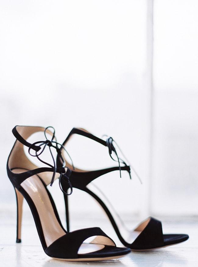 black-wedding-heels-shoes-4-min.jpg
