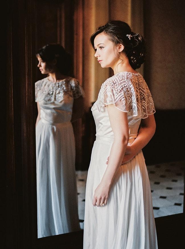 minaree-finery-bridal-capelets_-7-min.jpg
