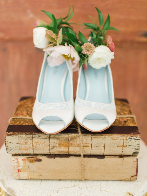 bella-belle-bridal-shoes-for-the-bride-14-min.jpg