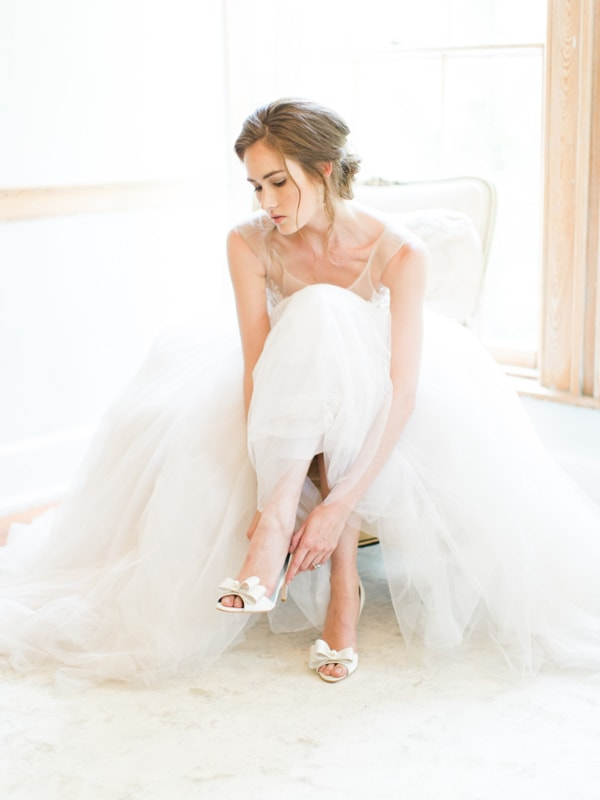 bella-belle-bridal-shoes-for-the-bride-5-min.jpg