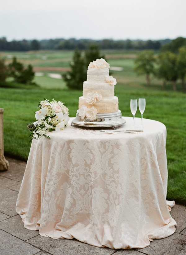 luxury-wedding-at-Keswick-hall-in-charlottesville-virginia-18
