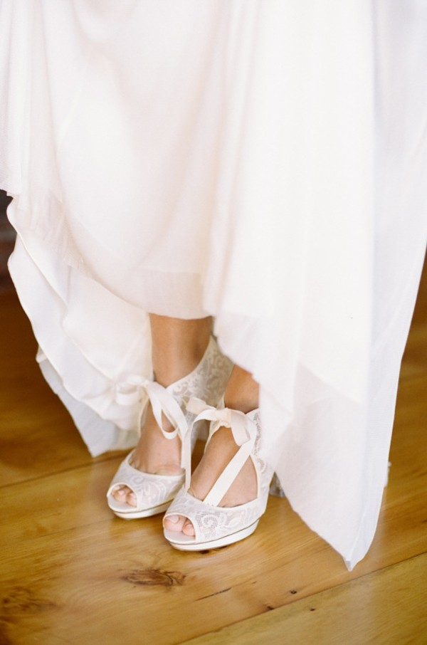 white-wedding-shoes-ideas-3.jpg