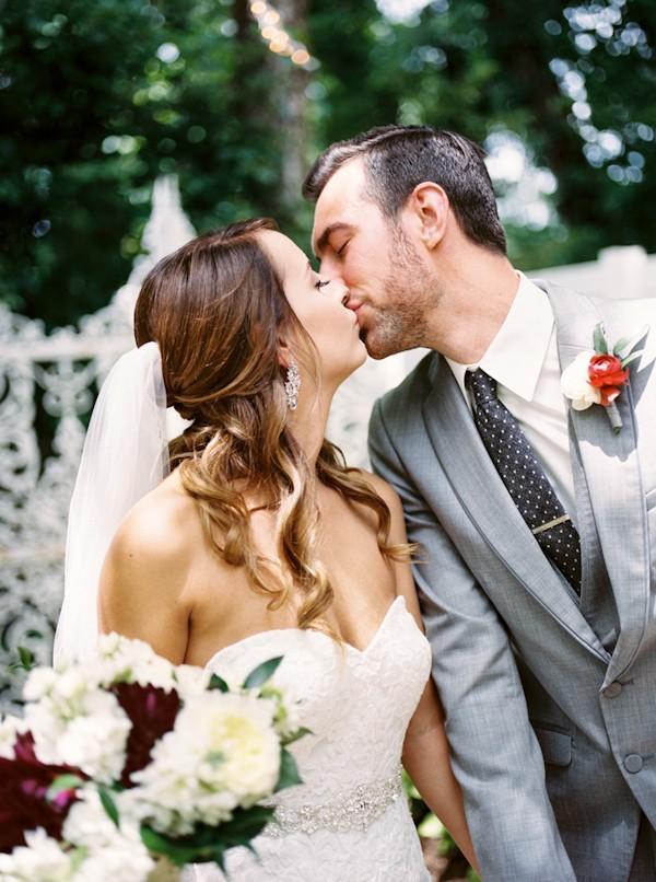 magenta-franklin-tennessee-wedding-12