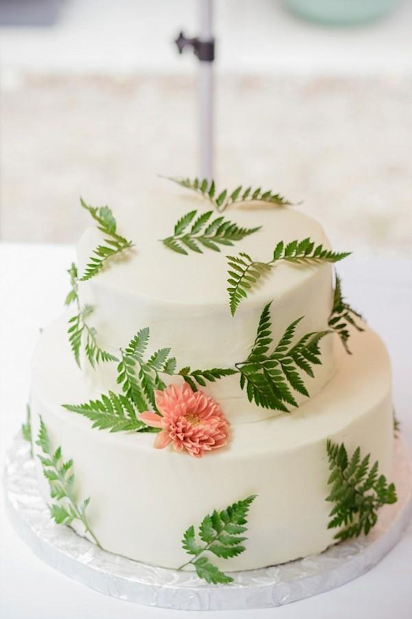 mini-organic-wedding-cake-7.jpg